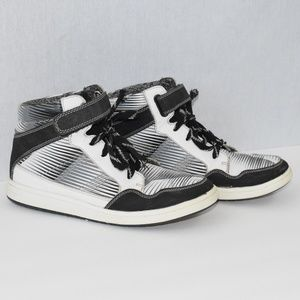 The Children's Place High Top Lace Up Sneakers